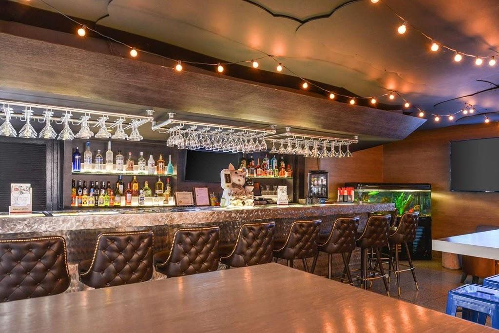 Oasis Restaurant & Bar - restaurant    Photo 1 of 9   Address: 7709 Telegraph Rd, Montebello, CA 90640, USA   Phone: (323) 724-1400