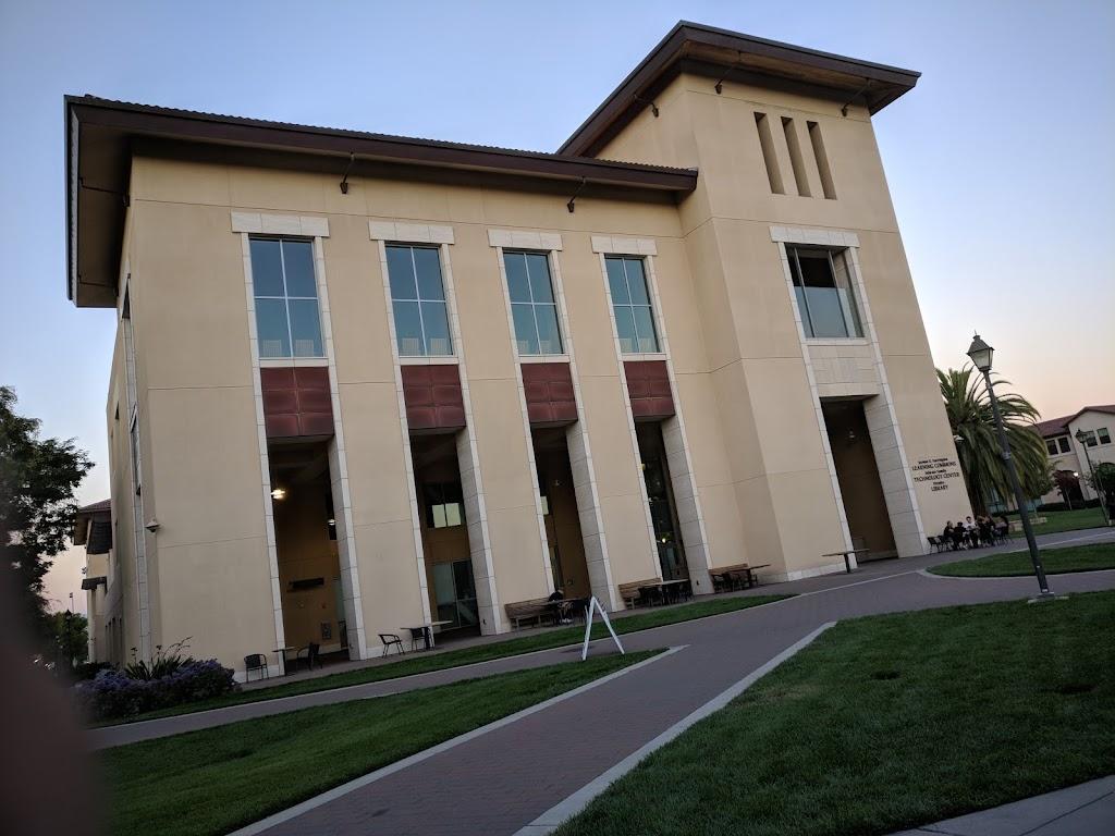 Santa Clara University Library - library    Photo 4 of 10   Address: 500 El Camino Real, Santa Clara, CA 95050, USA   Phone: (408) 554-5020