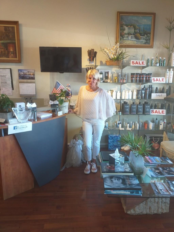 La Riviera Hair & Nail Salon - hair care  | Photo 6 of 10 | Address: 39324 US Hwy 19 N, Tarpon Springs, FL 34689, USA | Phone: (727) 784-1241