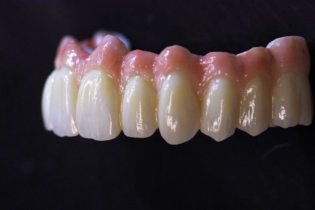 Maverick Dental Laboratories - dentist    Photo 3 of 10   Address: 1615 Golden Mile Hwy, Monroeville, PA 15146, USA   Phone: (866) 294-7444