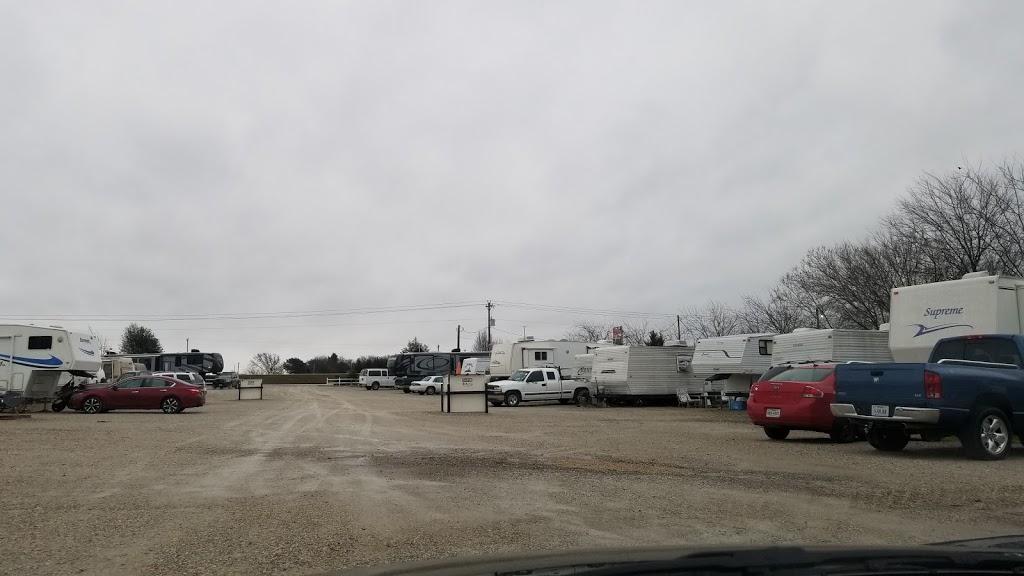 Avondale RV Park - rv park  | Photo 4 of 4 | Address: 13801 US-287, Fort Worth, TX 76179, USA | Phone: (817) 247-9364