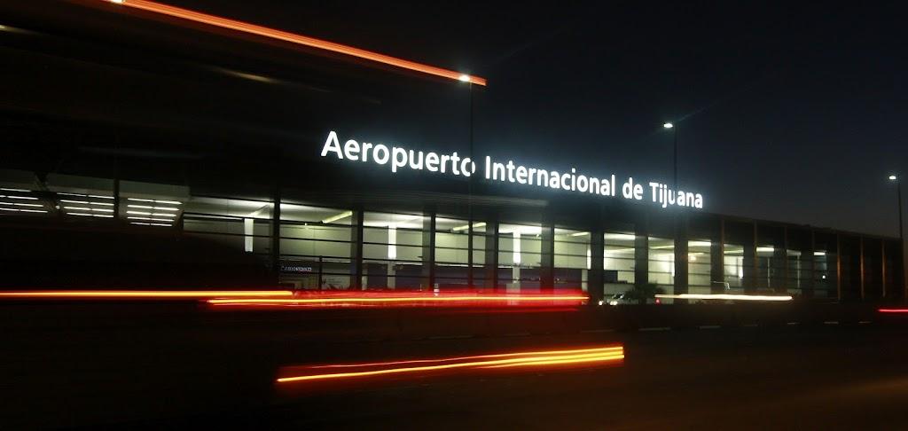 Volaris - travel agency    Photo 6 of 10   Address: Aeropuerto, Aeropuerto Abelardo L. Rodriguez, 22435 Tijuana, B.C., Mexico   Phone: 55 1102 8000