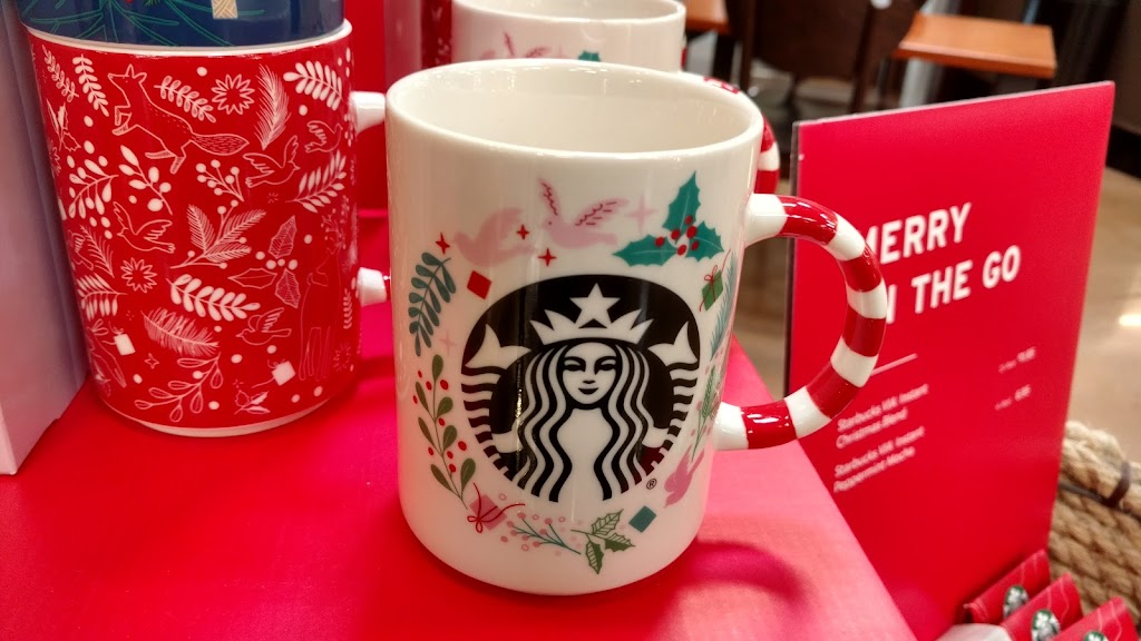 Starbucks - cafe  | Photo 4 of 10 | Address: 4613 Marburg Ave, Cincinnati, OH 45209, USA | Phone: (513) 782-5100