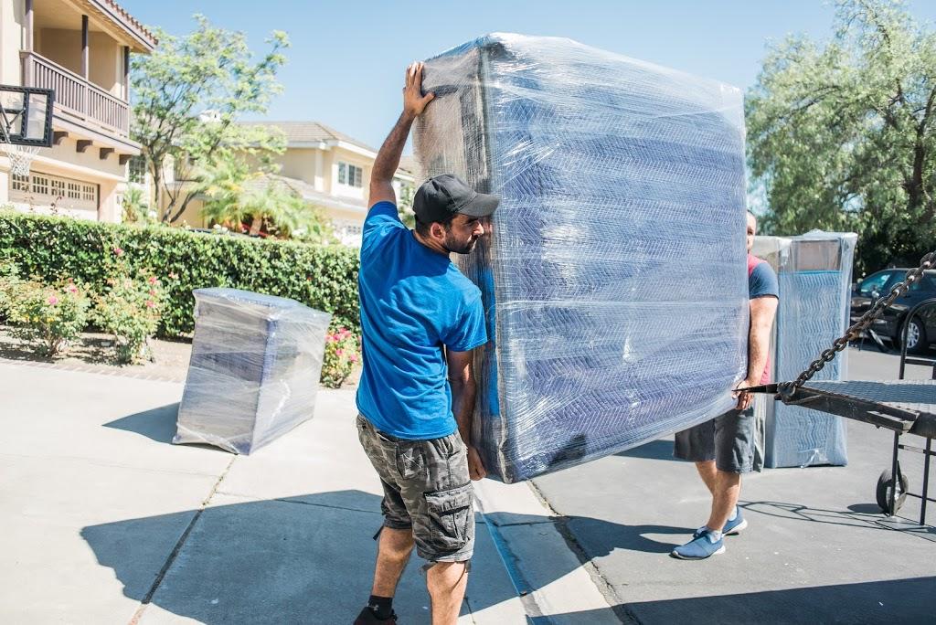 ProUnion Moving Company - moving company  | Photo 5 of 10 | Address: 6605 Hollywood Blvd UNIT 207, Los Angeles, CA 90028, USA | Phone: (747) 400-9616