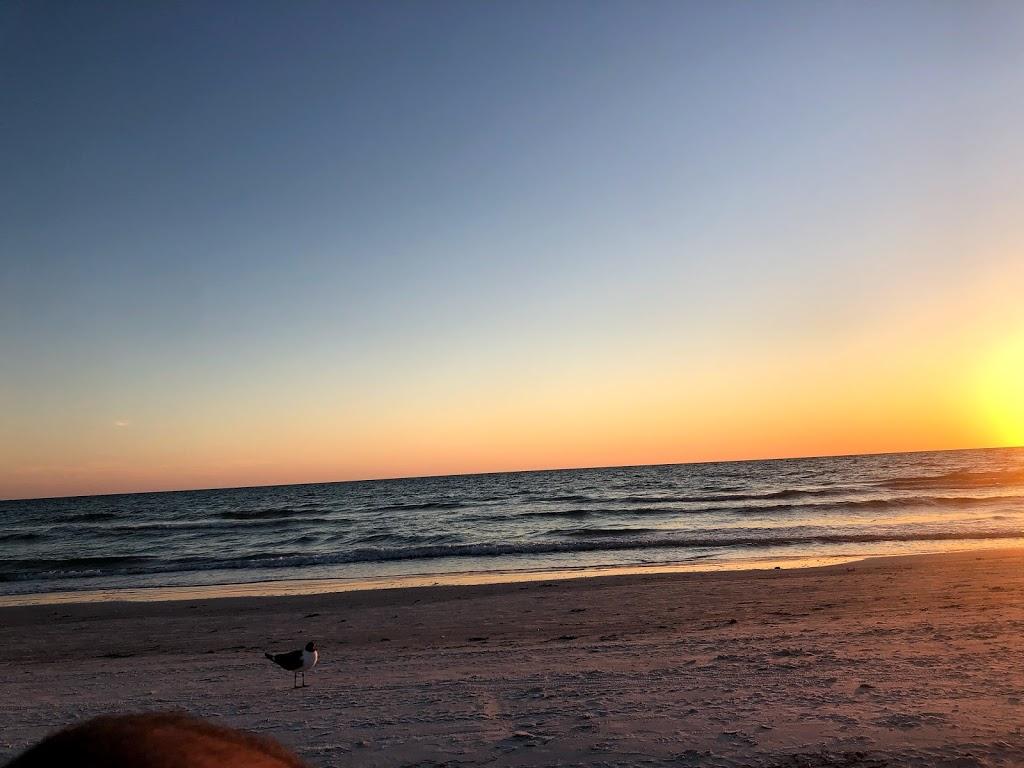 Barrett Beach Bungalows - real estate agency  | Photo 1 of 10 | Address: 19646 Gulf Blvd, Indian Shores, FL 33785, USA | Phone: (727) 455-2832