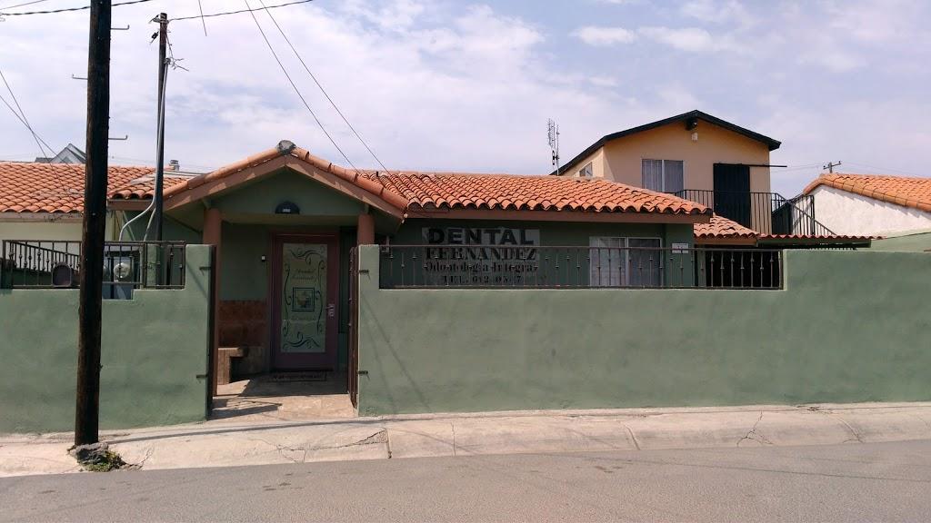 Consultorio Dental Fernandez - dentist  | Photo 1 of 3 | Address: De las Playas 31, Villas del Mar, La Fuente, 22710 Rosarito, B.C., Mexico | Phone: 661 612 0517