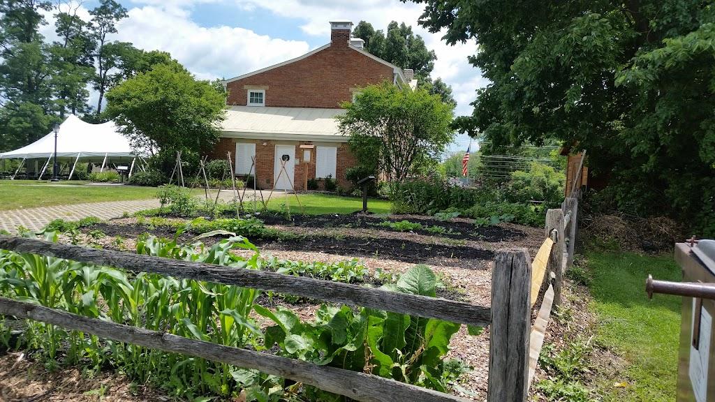 Gilbert Farms Park - park  | Photo 10 of 10 | Address: 6181 Ross Rd, Fairfield, OH 45014, USA | Phone: (513) 867-5348