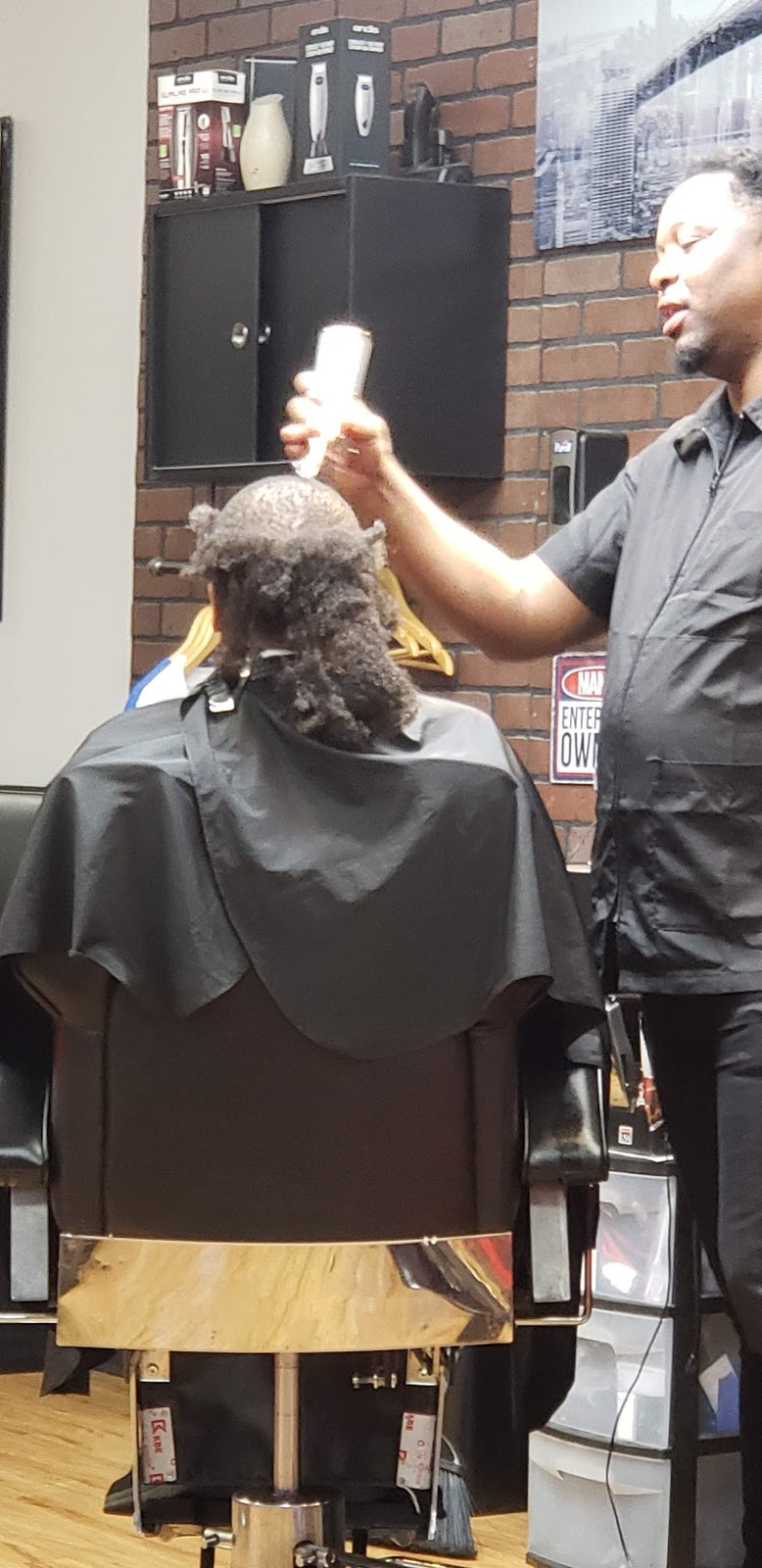 Goat Barber Shop - hair care    Photo 9 of 10   Address: 3425 Old 41 Hwy NW, Kennesaw, GA 30144, USA   Phone: (678) 324-8673