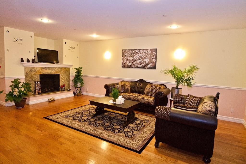Novelty Hill Adult Family Home - health  | Photo 1 of 10 | Address: 18446 NE 95th St, Redmond, WA 98052, USA | Phone: (206) 941-4122