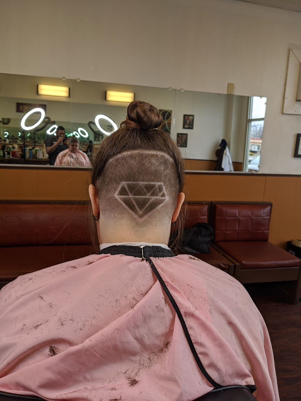 Masters Touch Barbershop LLC - hair care  | Photo 3 of 6 | Address: 31120 Vine St, Willowick, OH 44095, USA | Phone: (216) 298-3993