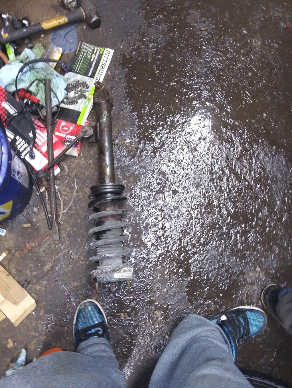 BUBBS AUTO REPAIR & SALES - car repair  | Photo 7 of 10 | Address: 2964 Lockport Rd, Niagara Falls, NY 14305, USA | Phone: (716) 990-2180