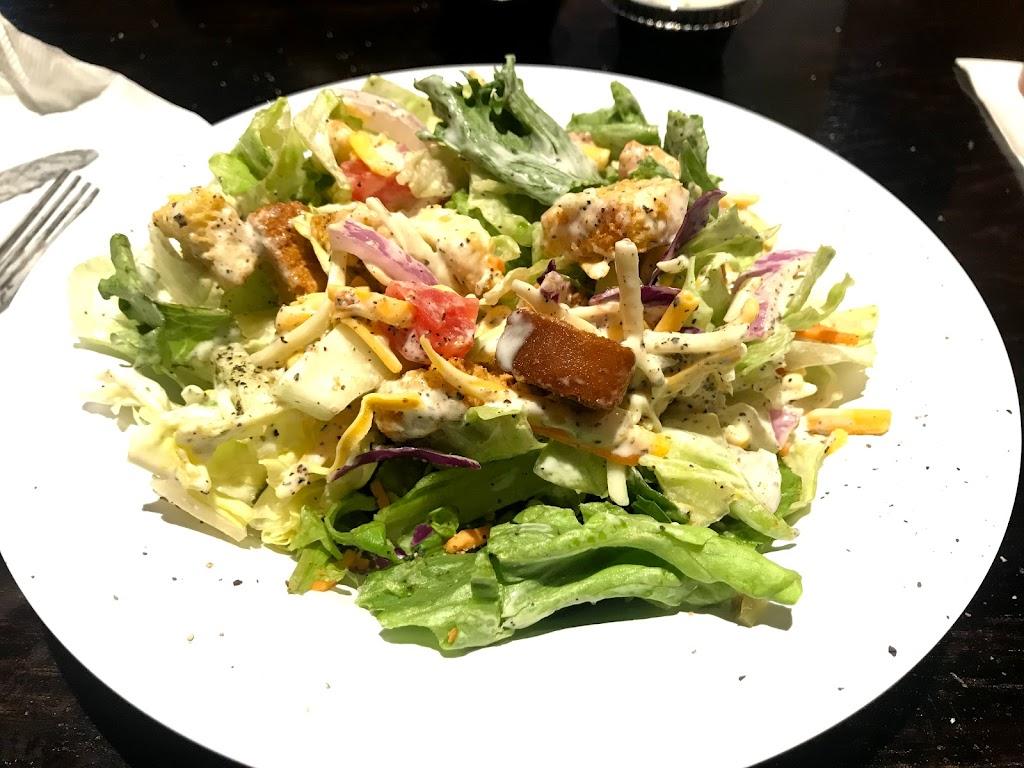 Beef O Bradys - restaurant  | Photo 6 of 10 | Address: 100 Peachtree Pkwy N Suite 18, Peachtree City, GA 30269, USA | Phone: (770) 486-1860
