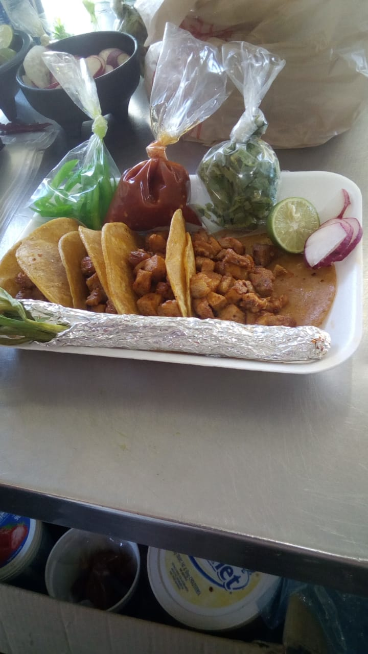 Tacos De Pastor Y Buche - restaurant  | Photo 2 of 2 | Address: México 2 988, 32720 Cd Juárez, Chih., Mexico | Phone: 656 373 4814
