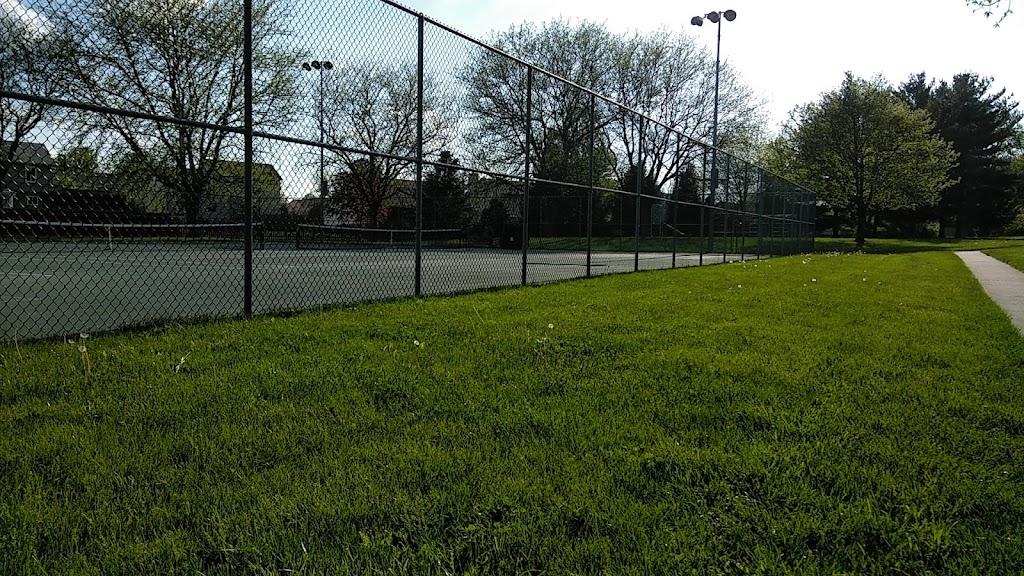 Degenhart Park - school  | Photo 3 of 3 | Address: 355 Lesleh Ave, Groveport, OH 43125, USA | Phone: (614) 836-1000