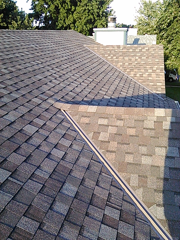 Guaranteed Roofing - roofing contractor  | Photo 1 of 3 | Address: 702 N Covington St, Wichita, KS 67212, USA | Phone: (316) 641-7663