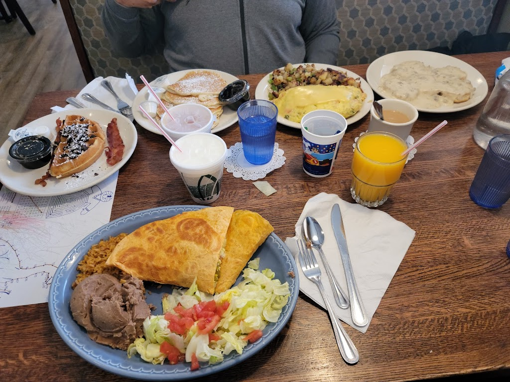 Blueberry Hill Breakfast Cafe - cafe    Photo 5 of 10   Address: 7340 IL-83, Darien, IL 60561, USA   Phone: (630) 734-1300
