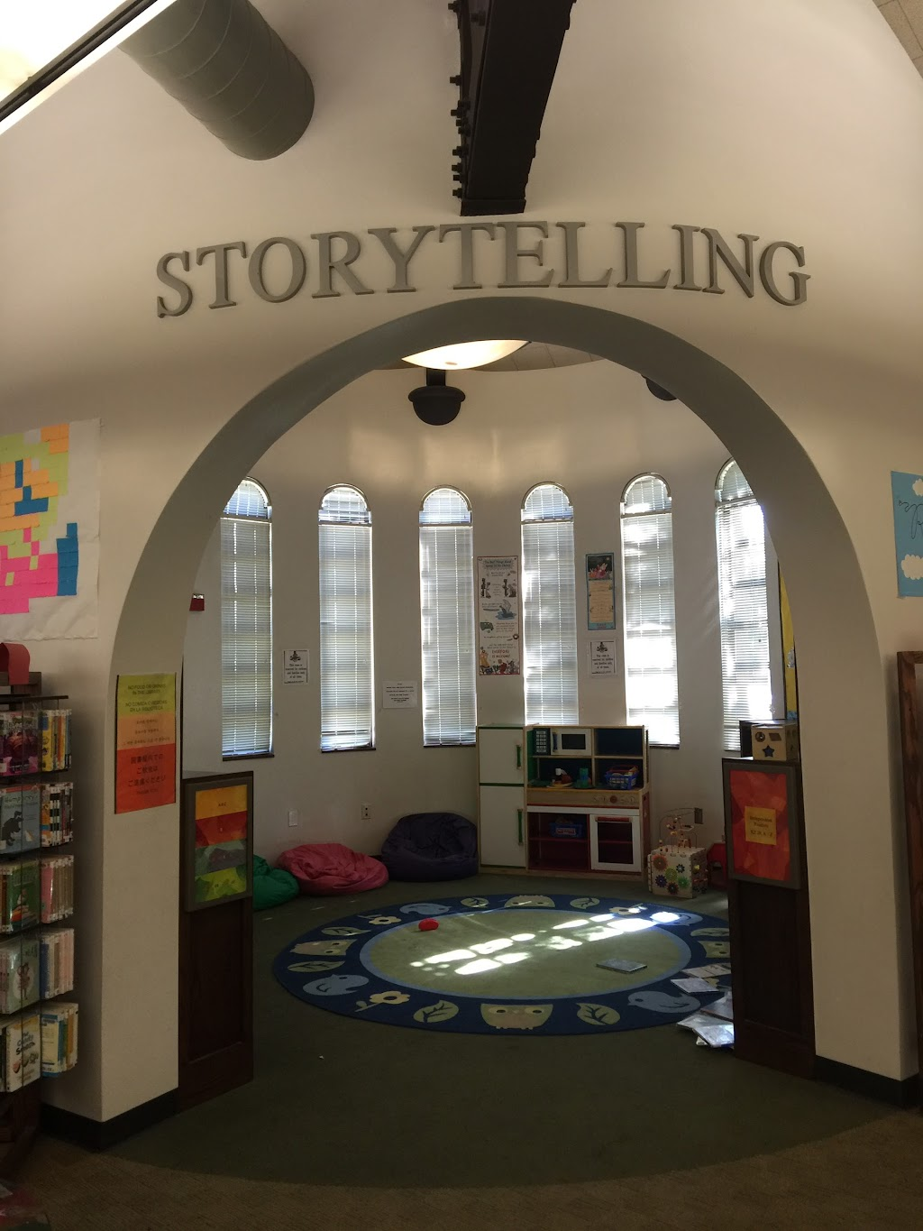 Fairfax Branch Library - library  | Photo 9 of 10 | Address: 161 S Gardner St, Los Angeles, CA 90036, USA | Phone: (323) 936-6191