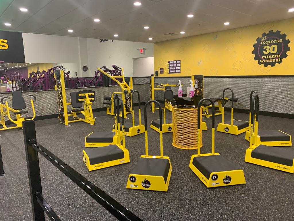 Planet Fitness - gym    Photo 7 of 10   Address: 8921 N 7th St, Phoenix, AZ 85020, USA   Phone: (480) 745-2710