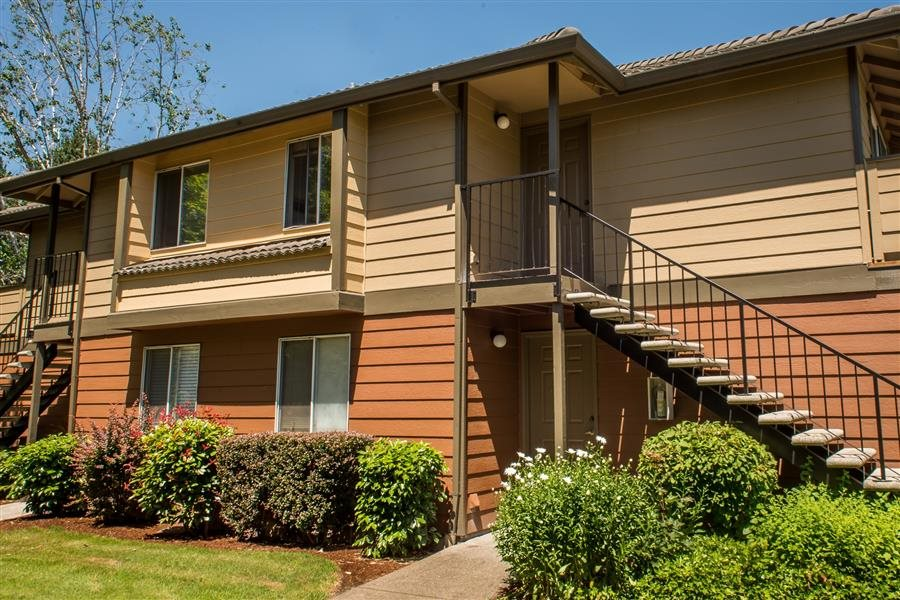 Kings Court Apartments - real estate agency  | Photo 1 of 10 | Address: 16300 SW Estuary Dr, Beaverton, OR 97006, USA | Phone: (844) 672-5187