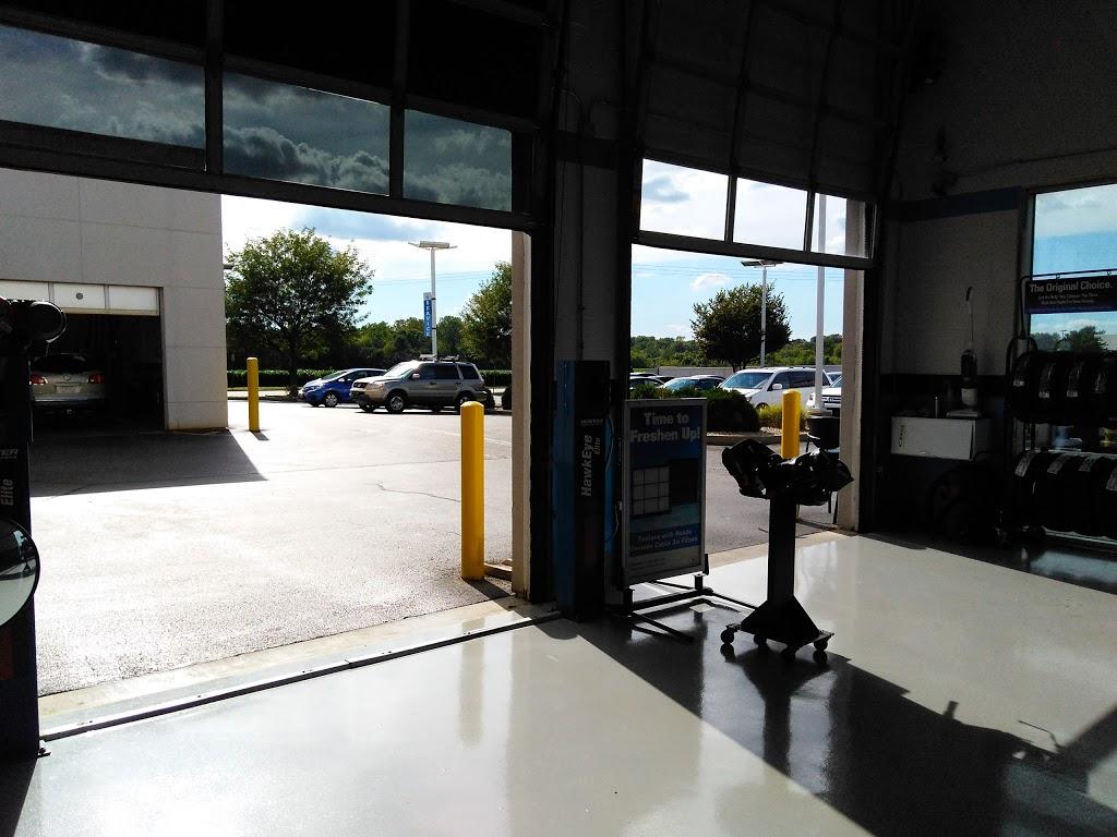 Serra Honda OFallon - car dealer  | Photo 9 of 10 | Address: 1268 Central Park Dr, OFallon, IL 62269, USA | Phone: (618) 622-0588