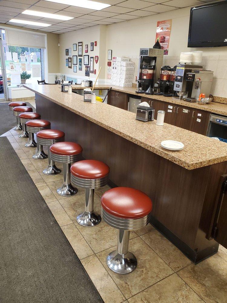 Paulas Donuts - bakery  | Photo 7 of 10 | Address: 8560 Main St, Clarence, NY 14221, USA | Phone: (716) 580-3614