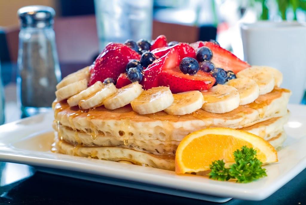 Kekes Breakfast Cafe - restaurant    Photo 2 of 10   Address: 12883 Citrus Plaza Dr, Tampa, FL 33625, USA   Phone: (813) 616-8108