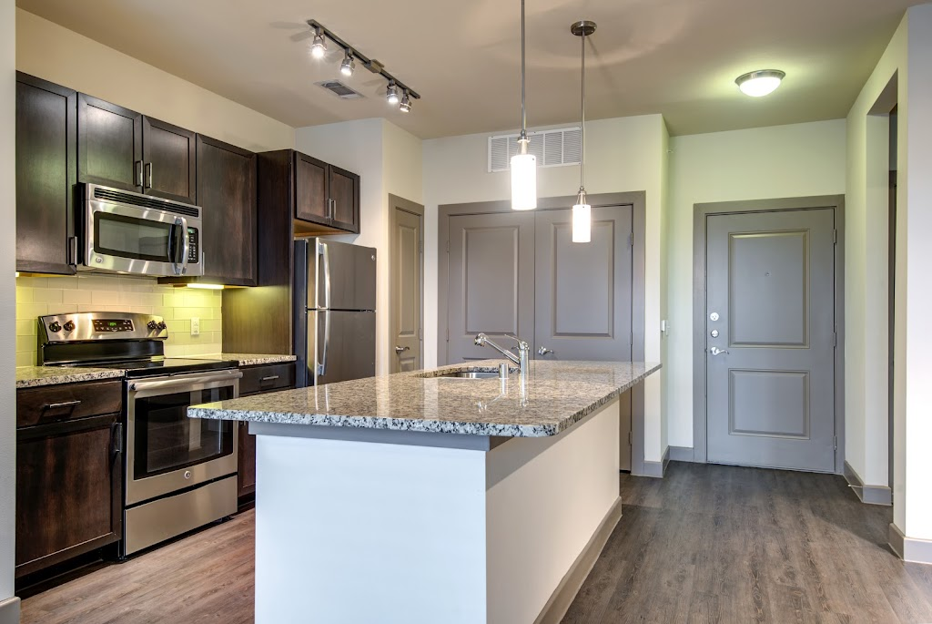 GreenVue Apartments - real estate agency  | Photo 6 of 10 | Address: 1350 N Greenville Ave, Richardson, TX 75081, USA | Phone: (972) 449-4624