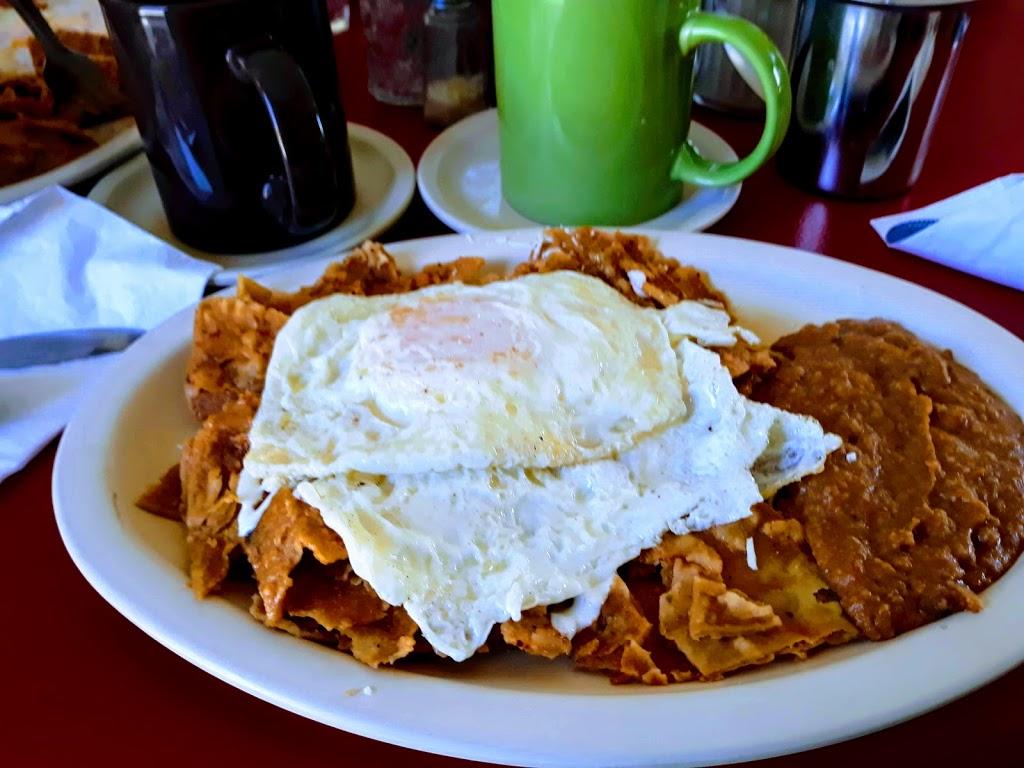 Beraca 2000 Restaurant & Café - restaurant    Photo 3 of 10   Address: Corredor Tijuana - Rosarito 2000 Km. 20 Rumbo a Popótla, Corredor Tijuana - Rosarito 2000, 22163 Baja California, Mexico   Phone: 664 726 8580