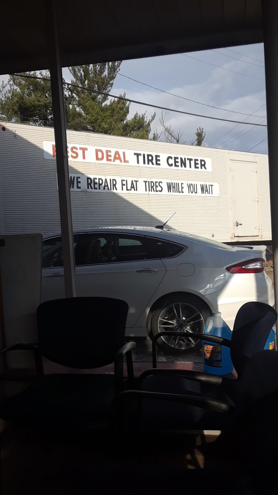 Best Deal Tire Center - car repair    Photo 6 of 7   Address: 89 Clever Rd, McKees Rocks, PA 15136, USA   Phone: (412) 331-1012