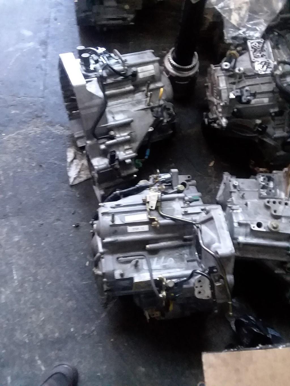 Simon parts - car repair  | Photo 1 of 1 | Address: 730 W Rosecrans Ave #B, Compton, CA 90220, USA | Phone: (562) 376-6400