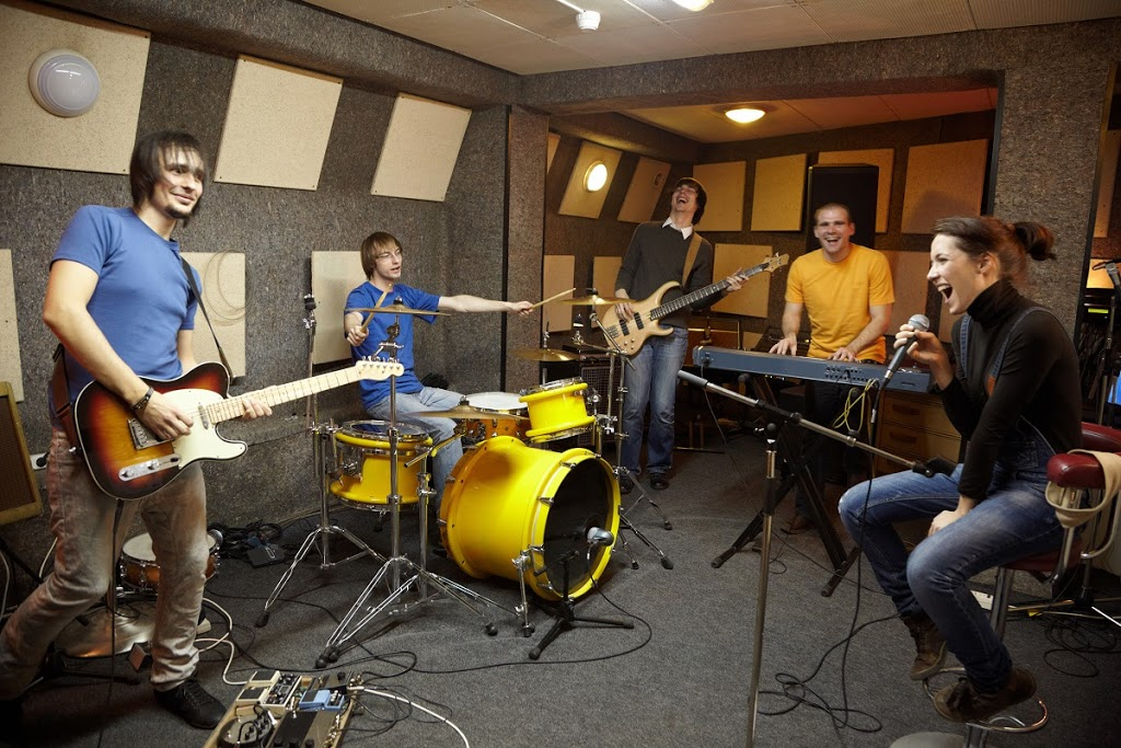 Swafford Music Studio - school  | Photo 10 of 10 | Address: 13315 Roaring Springs Ln, Dallas, TX 75240, USA | Phone: (214) 642-6246