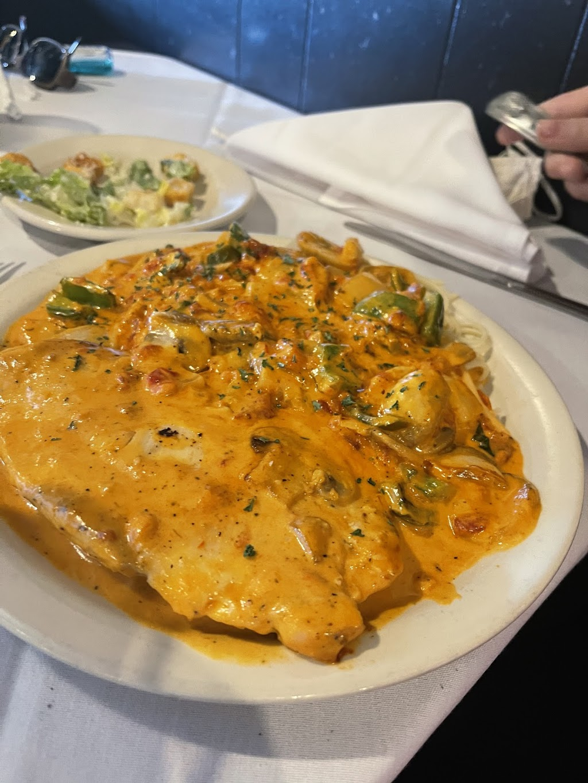 Johnnys Italian Restaurant - restaurant  | Photo 7 of 10 | Address: 14471 NE 23rd St, Choctaw, OK 73020, USA | Phone: (405) 281-1237