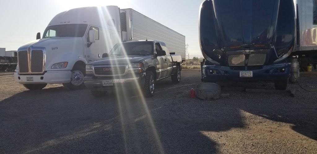 V&M SERVICE TRUCK - car repair  | Photo 1 of 7 | Address: 700 Peyton Rd, El Paso, TX 79928, USA | Phone: (915) 764-8502