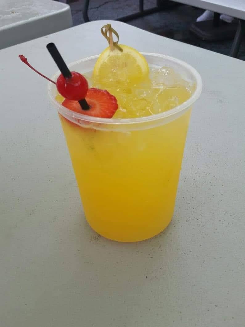 La Isla Del Frappe & Puchunguis Pinchos - restaurant  | Photo 10 of 10 | Address: 7401 E Colonial Dr, Orlando, FL 32807, USA | Phone: (407) 300-2196