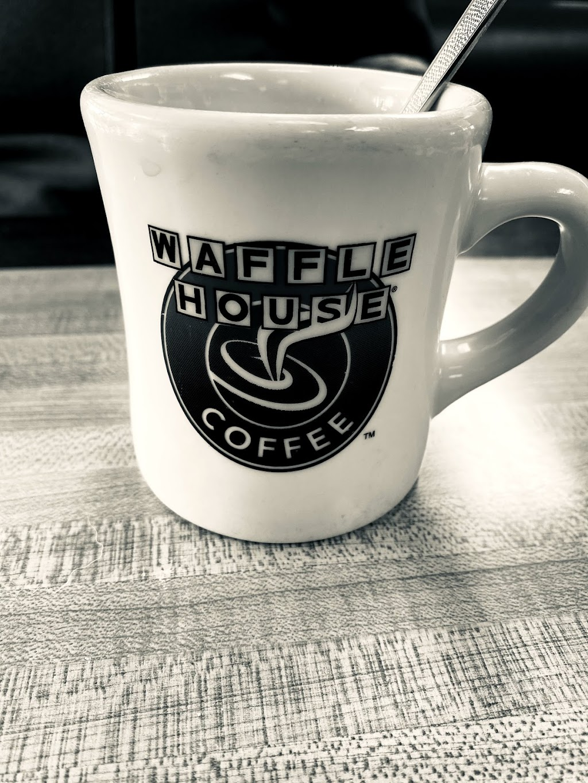 Waffle House - meal takeaway  | Photo 4 of 10 | Address: 7163 OH-37, Sunbury, OH 43074, USA | Phone: (740) 368-8900