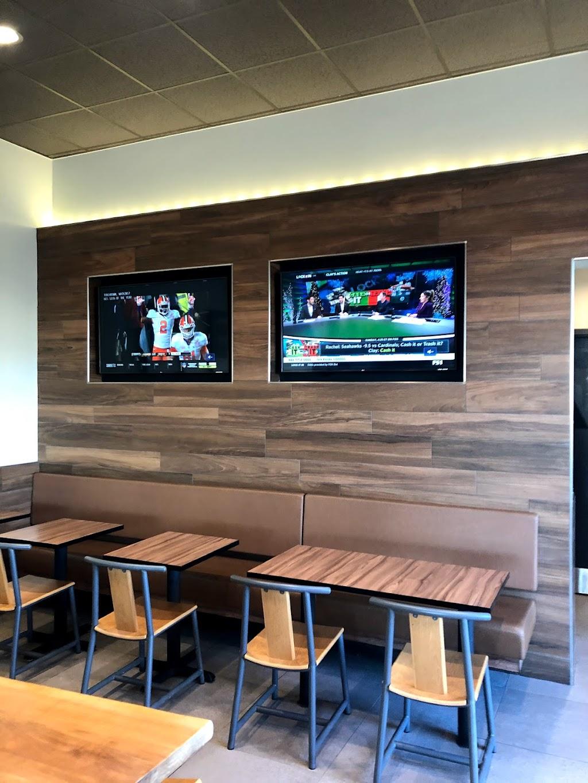 Panda Express - restaurant  | Photo 9 of 10 | Address: 9013 N Fwy, Fort Worth, TX 76177, USA | Phone: (682) 286-2617