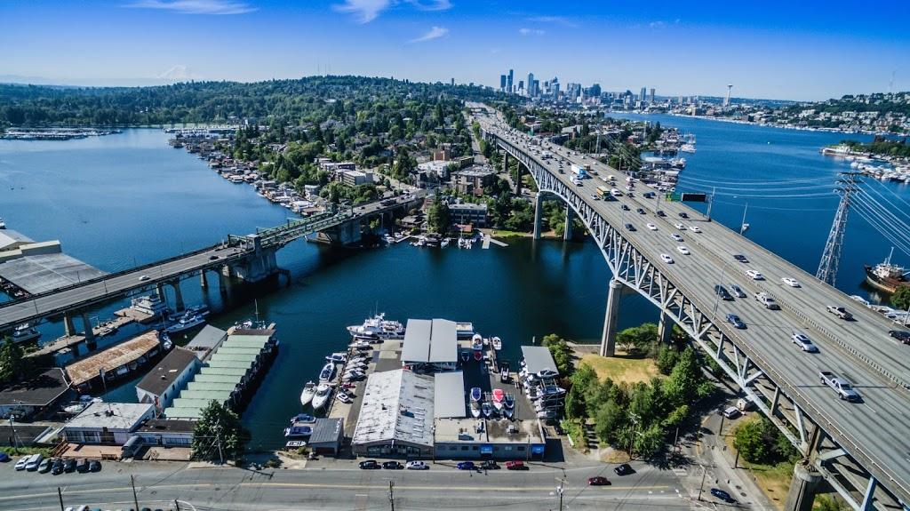 Seattle Boat Company - storage  | Photo 1 of 10 | Address: 659 NE Northlake Way, Seattle, WA 98105, USA | Phone: (206) 633-2628
