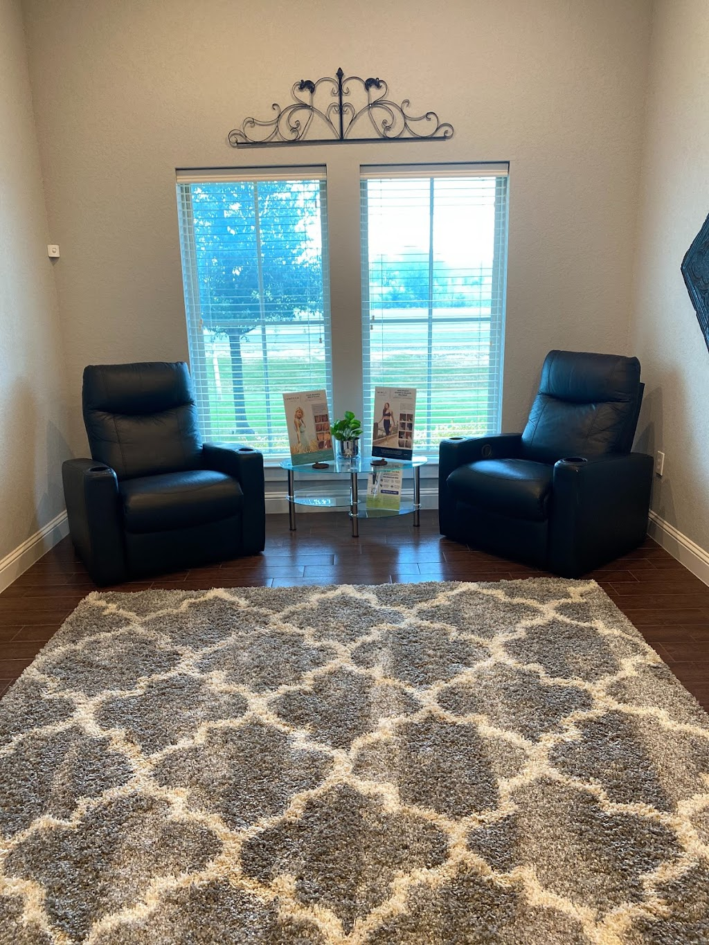 Elan Med Spa & Clinic - spa  | Photo 6 of 10 | Address: 1795 N Hwy 77 Suite 105, Waxahachie, TX 75165, USA | Phone: (972) 525-0800