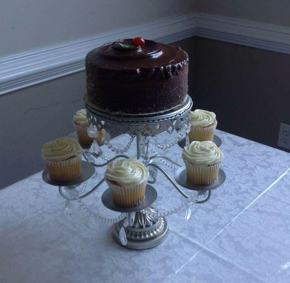 LiqCakes Bakery - bakery  | Photo 6 of 10 | Address: 3230 Jodeco Rd suite b, McDonough, GA 30253, USA | Phone: (678) 271-2838