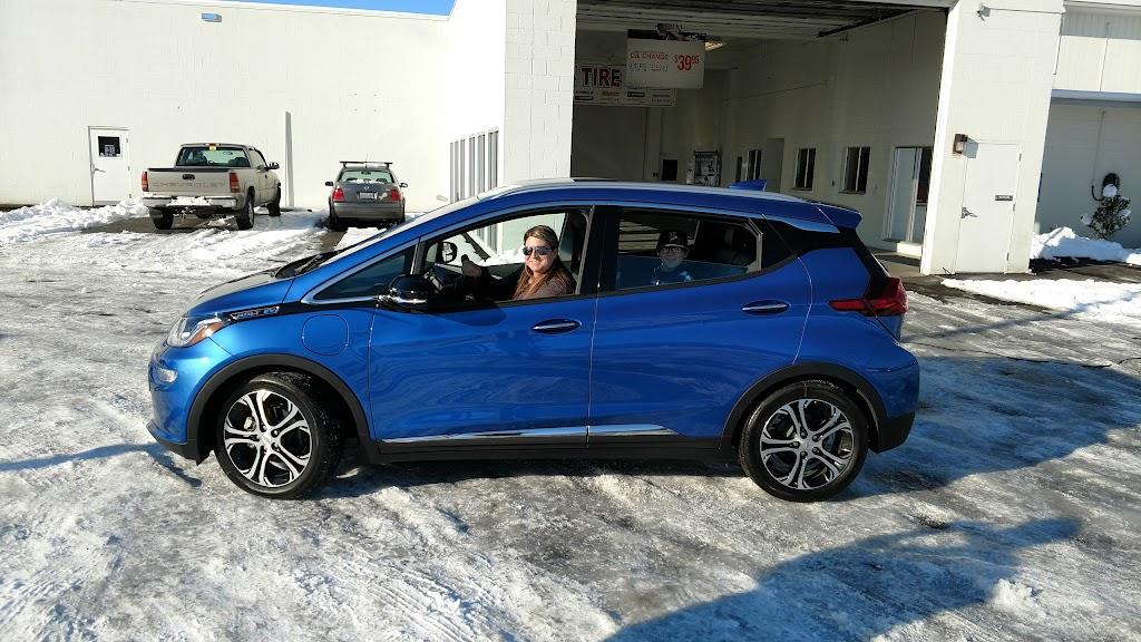 Dicks Hillsboro Chevrolet - car dealer    Photo 4 of 10   Address: 1084 SW Oak St, Hillsboro, OR 97123, USA   Phone: (971) 254-2463