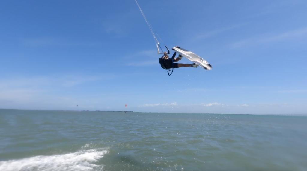 Kiteboarding Lessons St Petersburg - store  | Photo 2 of 10 | Address: I-275, St. Petersburg, FL 33715, USA | Phone: (774) 249-8062