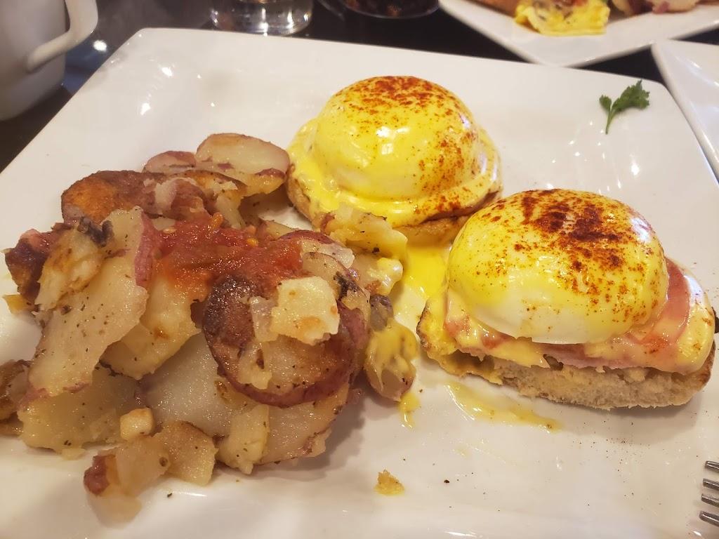 Kekes Breakfast Cafe - restaurant    Photo 7 of 10   Address: 12883 Citrus Plaza Dr, Tampa, FL 33625, USA   Phone: (813) 616-8108