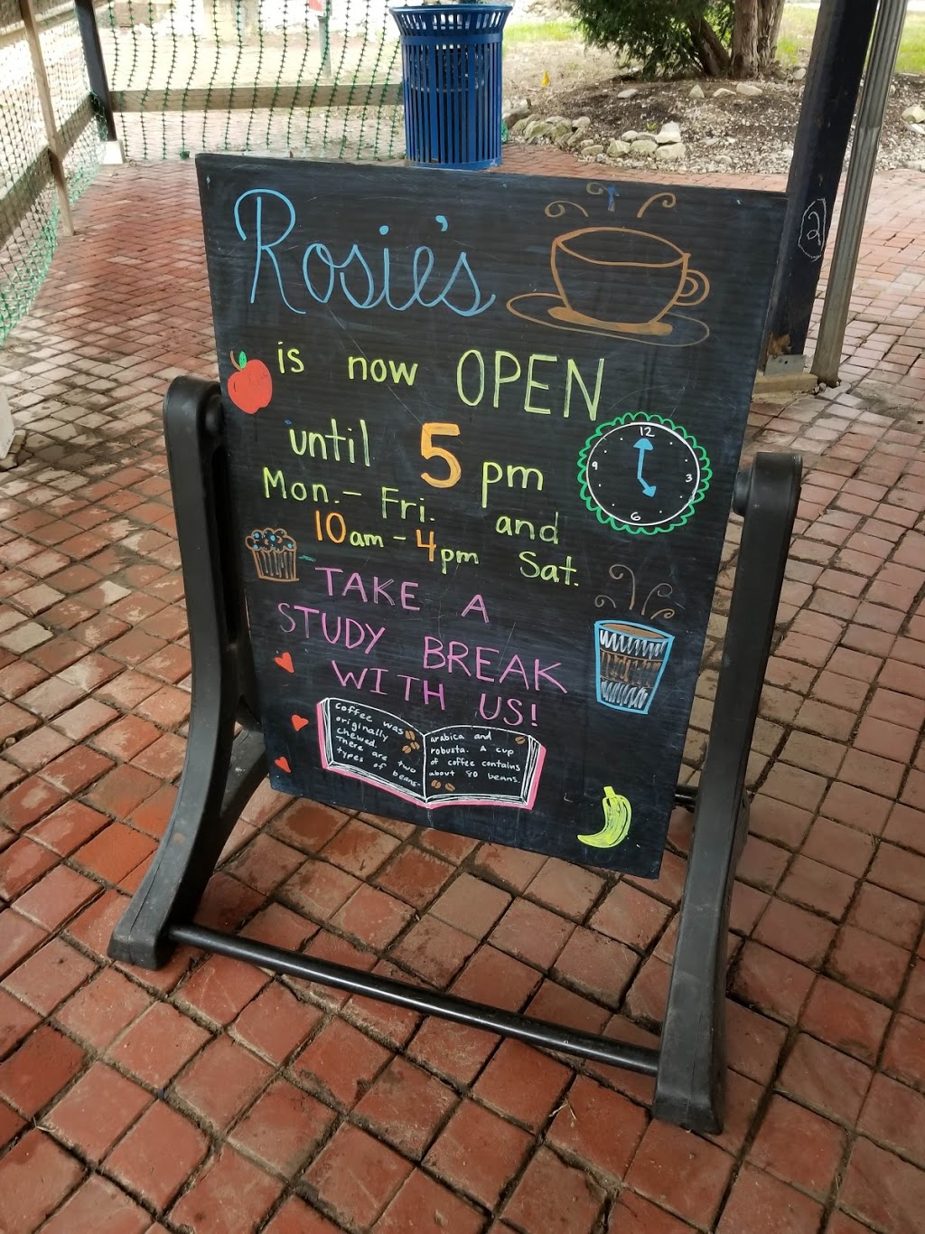 Rosies Coffee at Villanova Station - cafe  | Photo 4 of 10 | Address: Train Station, 308 N Spring Mill Rd, Villanova, PA 19085, USA | Phone: (267) 253-1249