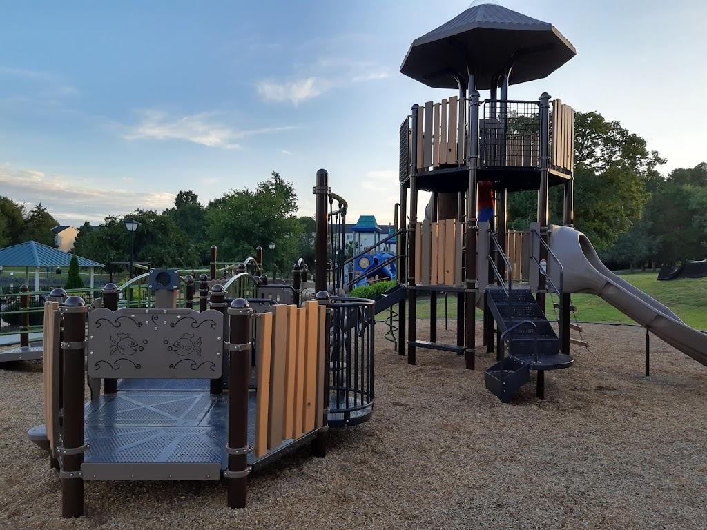 Belle Johnston Community Center - park    Photo 9 of 10   Address: 1000 Johnston Dr, Pineville, NC 28134, USA   Phone: (704) 889-2400