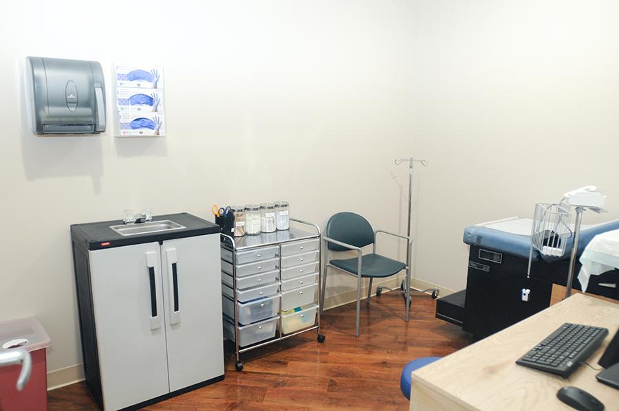 Urgent Care Lawrence | Urgent Care Clinic 11559 | Medical Office - hospital  | Photo 4 of 10 | Address: 625 Rockaway Turnpike, Lawrence, NY 11559, USA | Phone: (516) 342-4125
