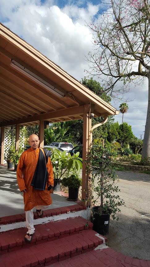 The Divine Art of Yoga Center Ashram - gym    Photo 9 of 10   Address: 851 W Whittier Blvd, La Habra, CA 90631, USA   Phone: (562) 245-6469