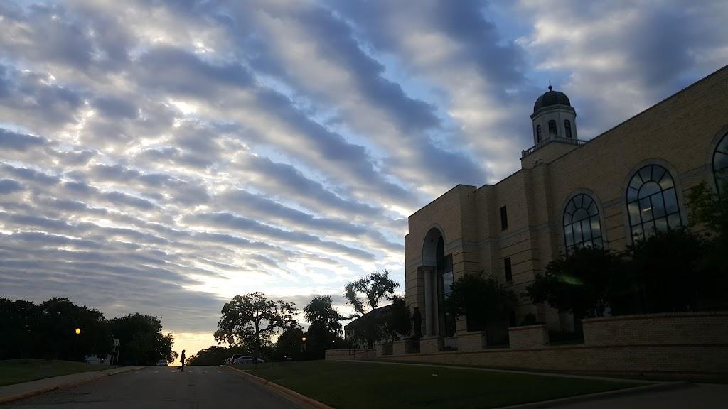 Chan Shun Centennial Library - library  | Photo 3 of 4 | Address: 101 W Magnolia St, Keene, TX 76059, USA | Phone: (817) 202-6242