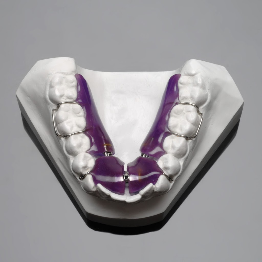 Ortho Art - dentist    Photo 1 of 2   Address: 1106 Dickens Rd NW, Lilburn, GA 30047, USA   Phone: (404) 625-9381