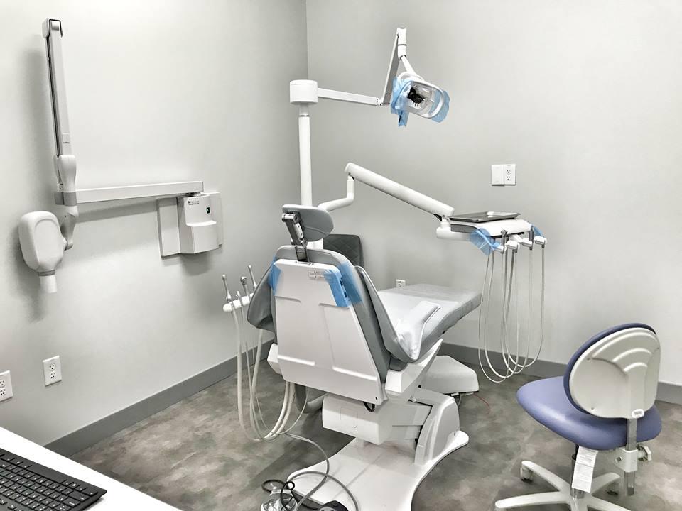 Summer Dental - dentist    Photo 3 of 10   Address: 10965 Lavender Hill Dr Ste 120, Las Vegas, NV 89135, USA   Phone: (702) 852-2829
