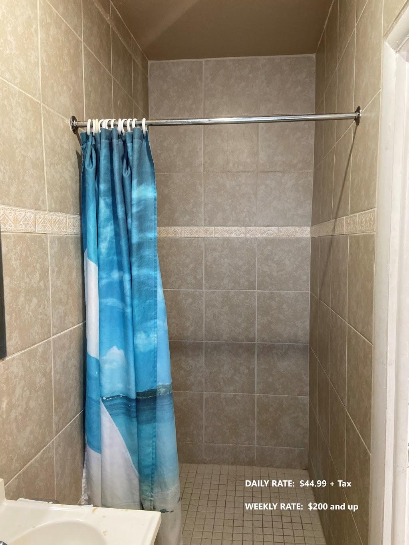 Ruth Motel - lodging  | Photo 3 of 6 | Address: 35425 Jefferson Ave, Harrison Charter Township, MI 48045, USA | Phone: (586) 791-2300